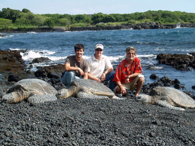 Skinner visit - Ryan, Eric, Anthony and turtles - Punaluu Black Sand Beach
