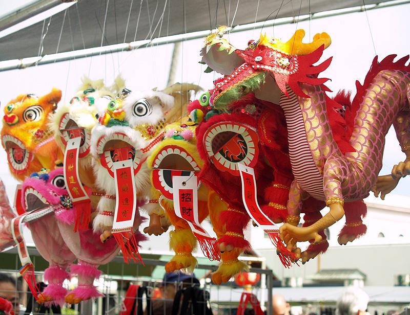 CNY - Dragon puppets