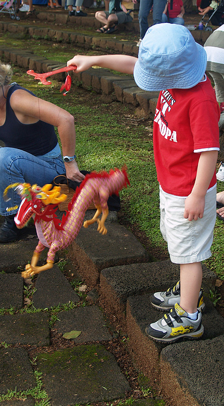 CNY - child and dragon