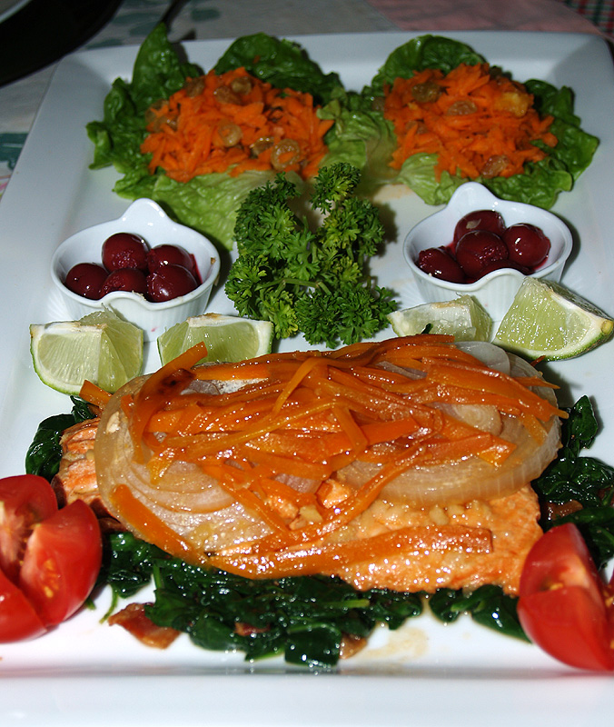 Easter 09 - Salad & Entree Platter 2