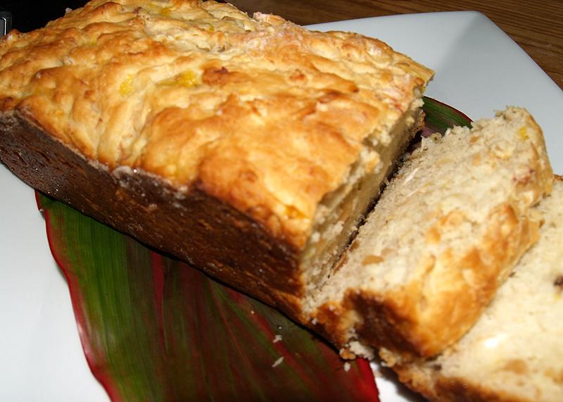pineapple macadamia nut bread