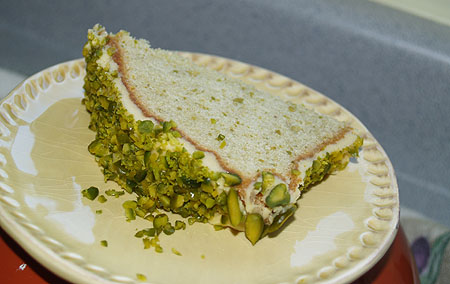 New Year pasta - pistachio cake
