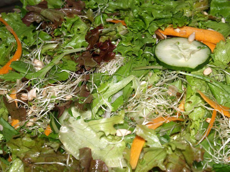 Kolekole Epicurians - Kim's Green Salad