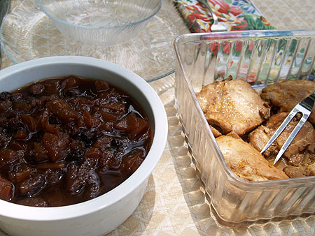 Picnic at the zoo - chicken and apple chutney