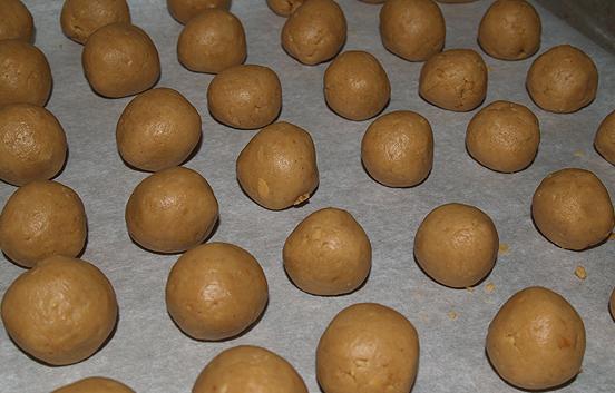 PB-chocolate balls 1