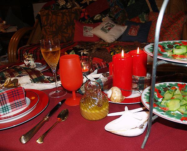 Christmas Eve - Table setting 11 sm & Sonia Tastes Hawaii: Our Christmas Eve or \u0027Best Night\u0027
