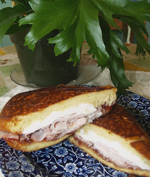 Elena Ruz Sandwich