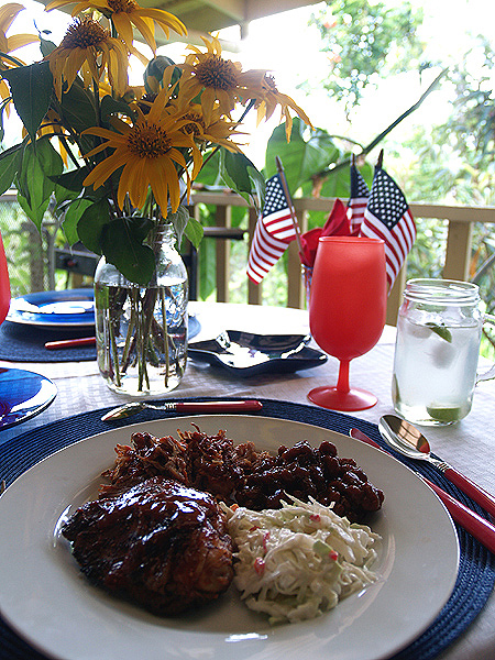 4th July tablesetting - dinner plate 1 sm