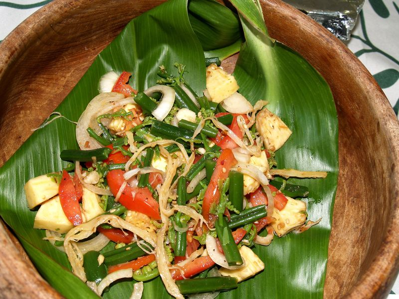 Breadfruit 2012 - Waipio Ulu Hoio Pupu