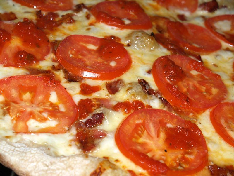 Pizza Party - 7 - Bacon, Jarlsberg and tomatoes 2