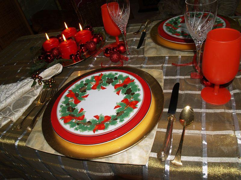 Christmas 2012 - Table setting 3