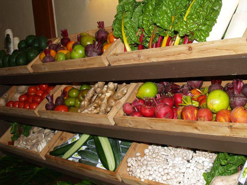 4 seasons - produce bins