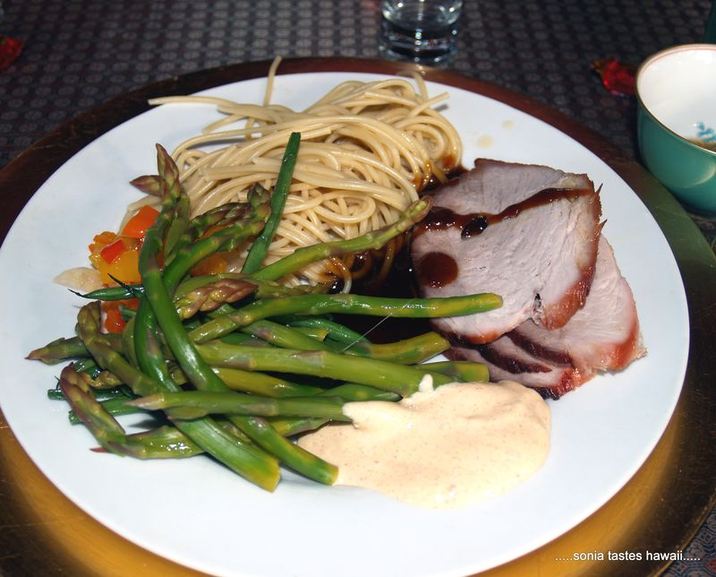 CNY 13 - dinner 3 - Hoisin pork, haricot verdes, asparagus and noodles