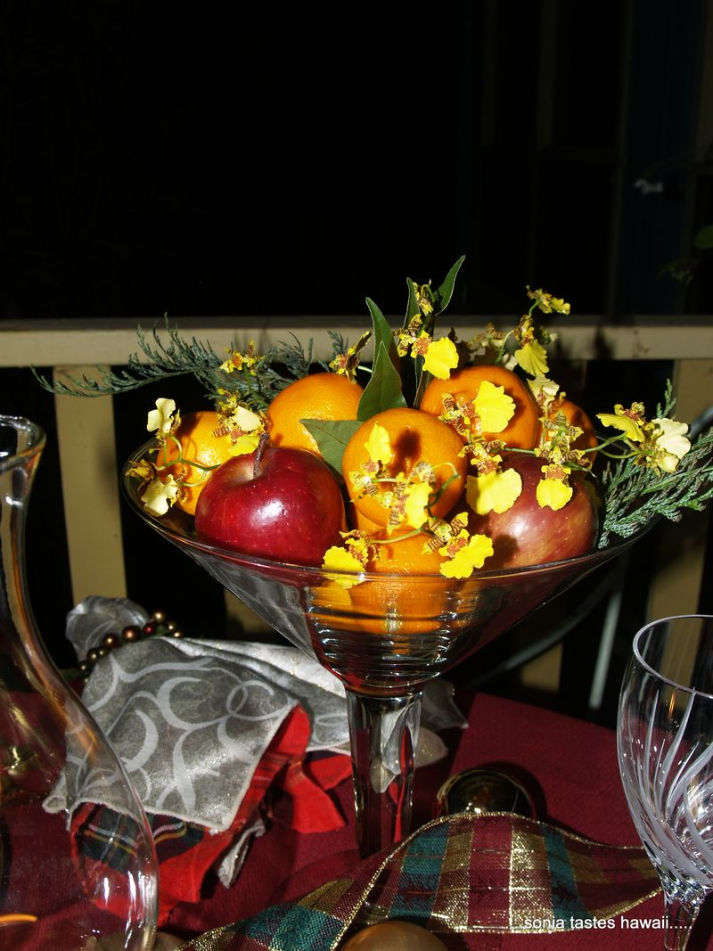 Auld Lang Syne table centerpiece