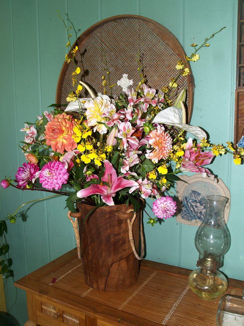 BD - flowers on back lanai