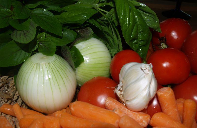 Roasted Tomato Sauce - Ingredients