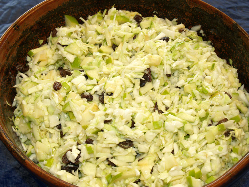 Apple-Macadamia Slaw