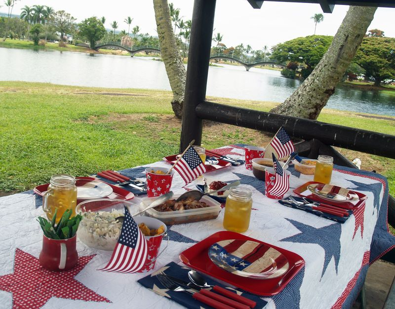 Memorial Day - setting w food 3