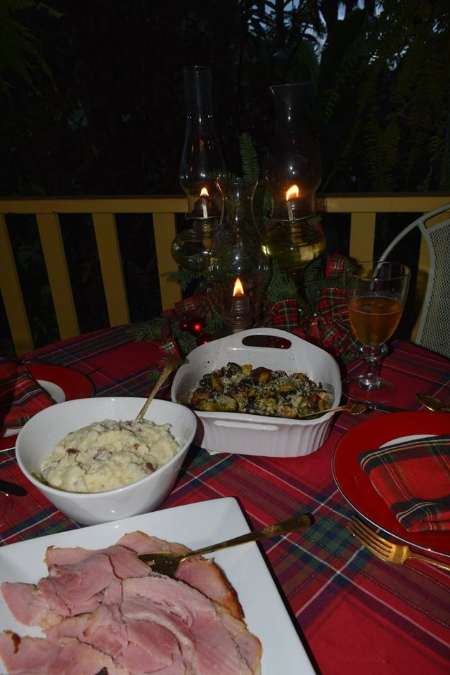 Xmas day 16 - table and food