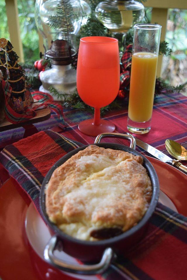 Xmas morning 16 - breakfast 1