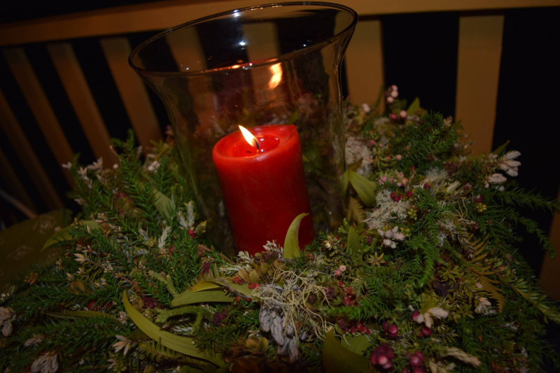 Pastelito dinner - Wreath & candle