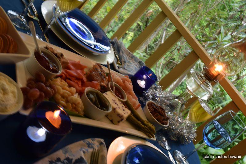 NYE 14 - table & platter