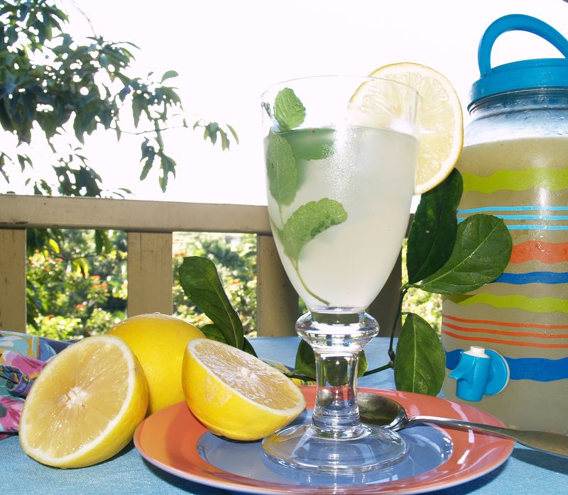 Beverages - Meyer lemon Ade
