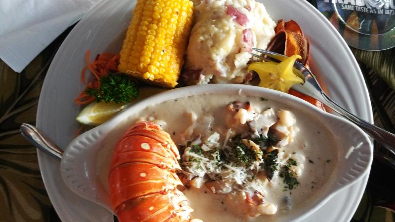 Thanksgiving - Lobster Chardonnay entrée