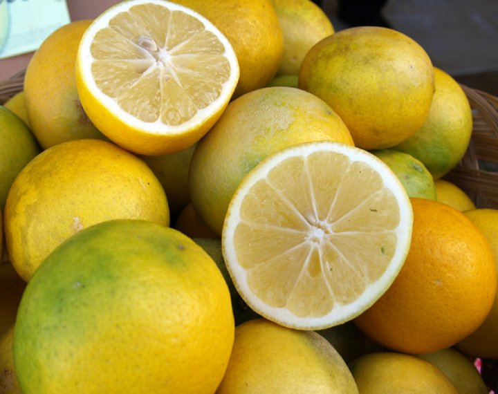 Meyer lemon for juice